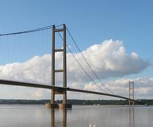 220px-Humber_Bridge2 (1)